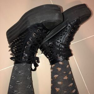 SPIKEY PLATFORM UNIF SNEAKERS 4 edgy feels!